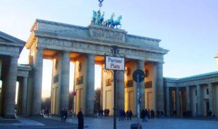Recorriendo las huellas del Muro y de la Reunificación Alemana